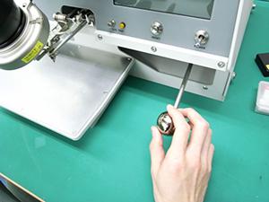 X-Y-Z 3軸マニピュレーター(特許)により、複雑なパッドレイアウトの実装も対応可能です。
